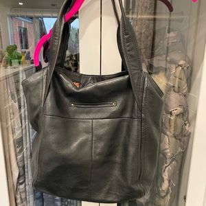 Black B Makowsky Purse